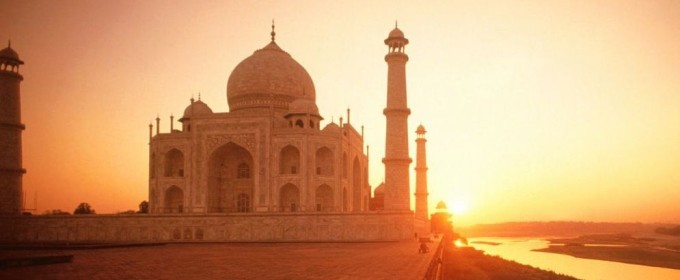 Discover the Flavors of India by Private Jet