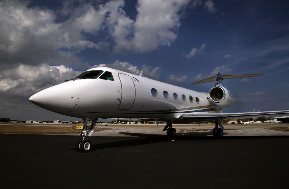 Gulfstream G-IV Business Jet Exterior