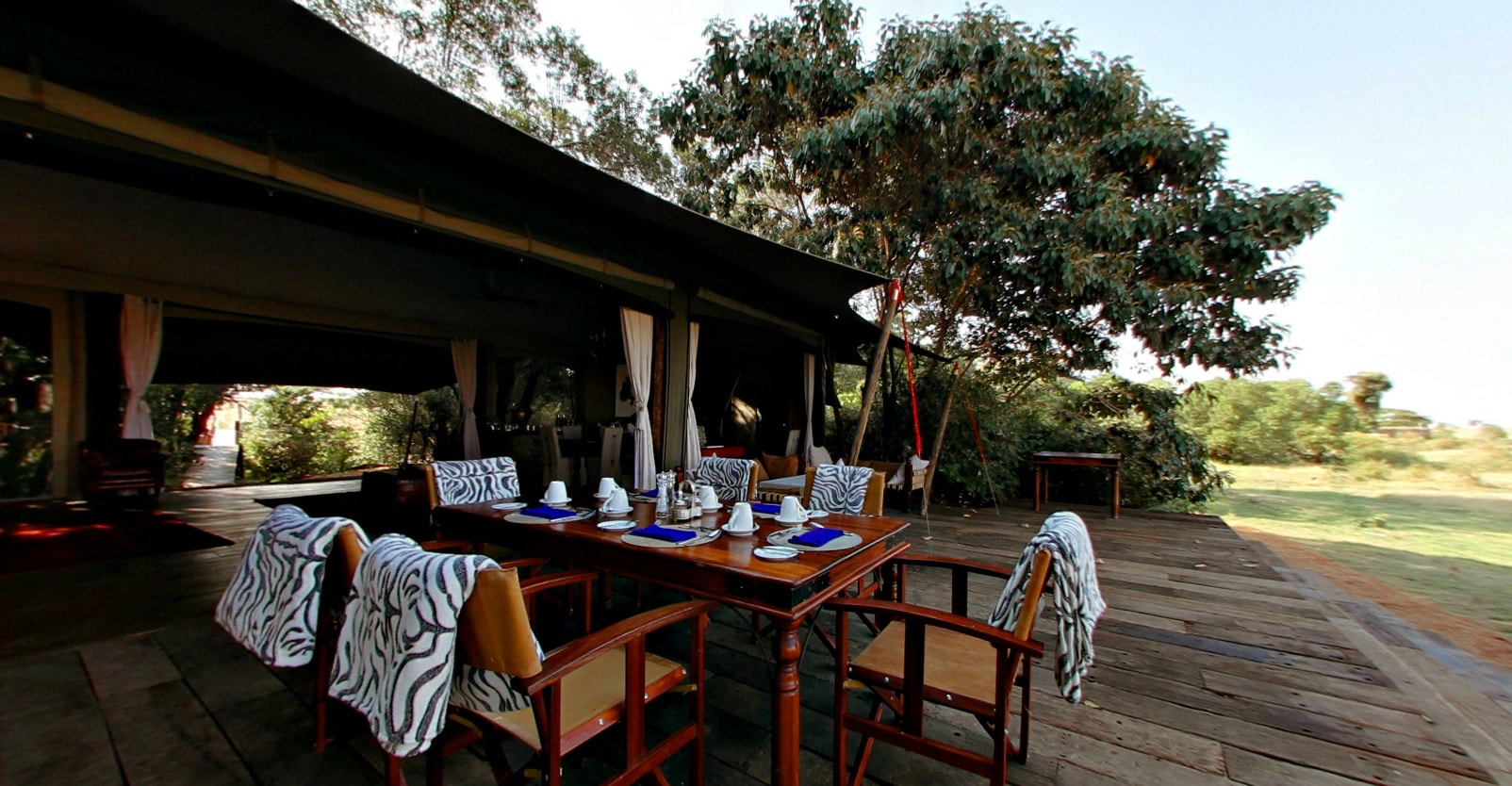 Mara Plains Camp - Breakfast Table
