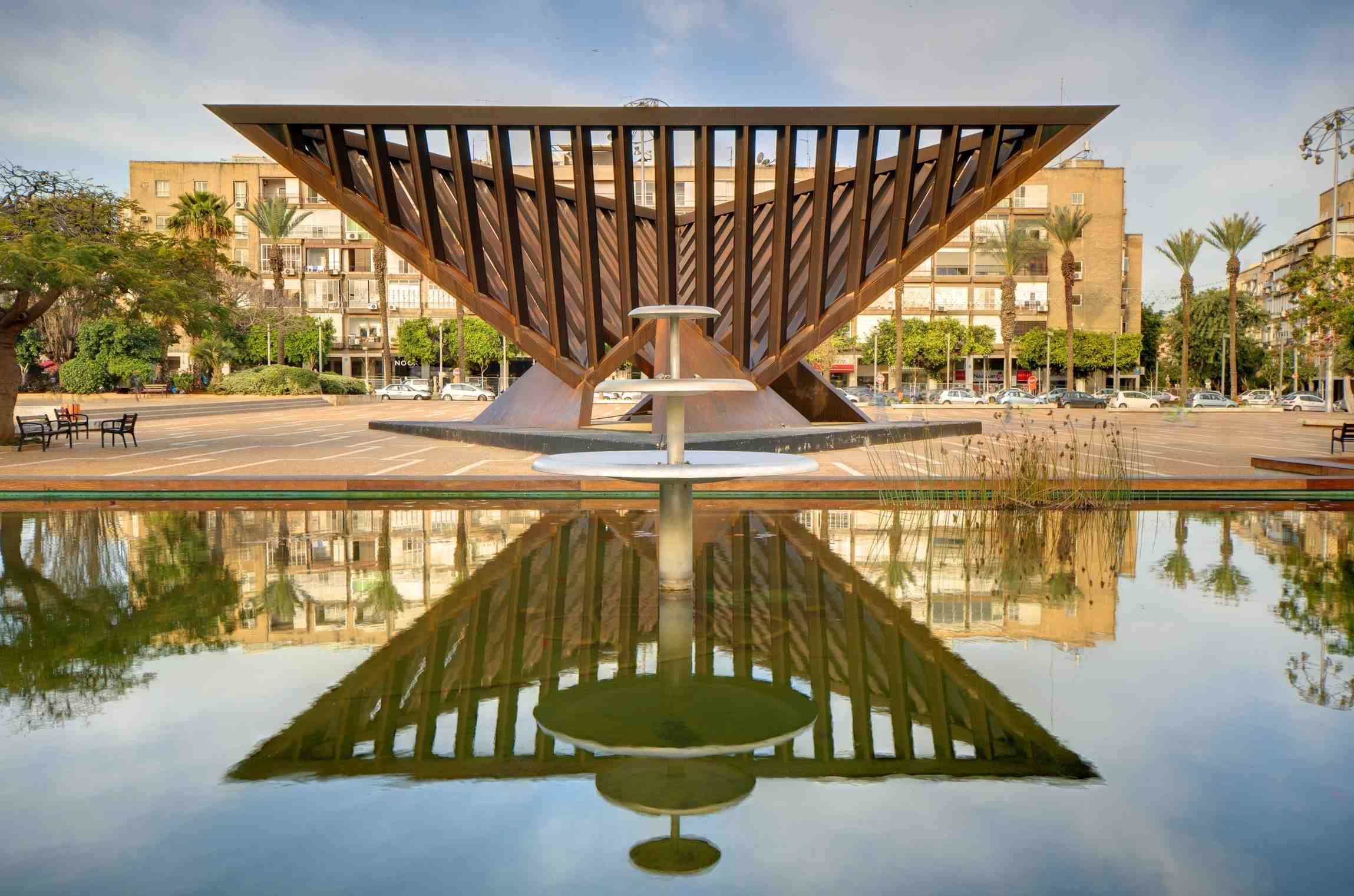 Monument in Rabin Square