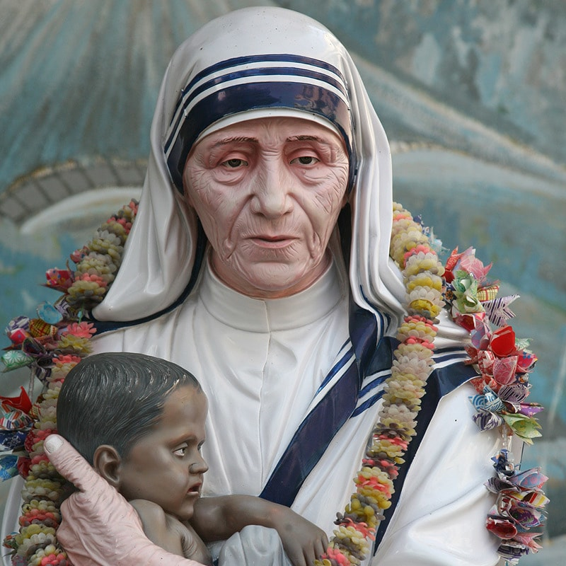 Mother-Teresa-statue-in-Prem-Dan-House_-Kolkata
