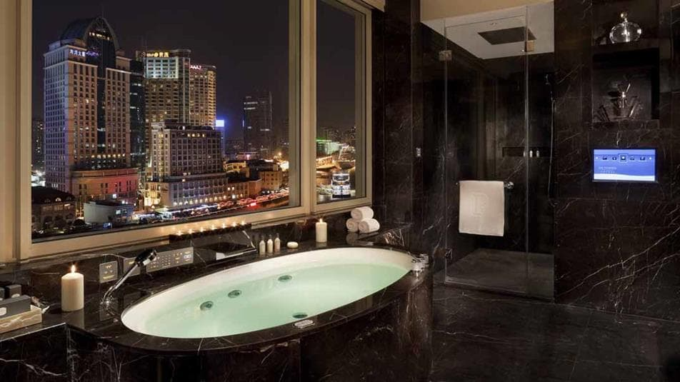 Peninsula shanghai accommodations Majestic Suite Bathroom