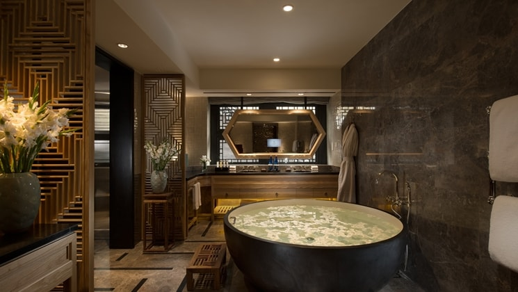 Waldorf Astoria Room Bath Beijing